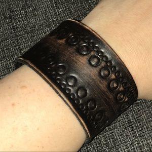 Other - 🧡NEW Leather Wrap Adjustable Bracelet!
